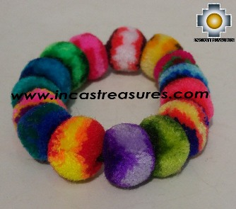 Handmade Bracelet Arcoiris, Material Wool