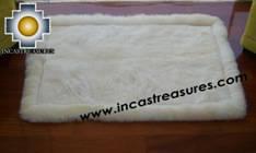 100% Alpaca baby alpaca round fur rug phuyu willka - Product id: ALPACAFURRUG10-08 Photo03