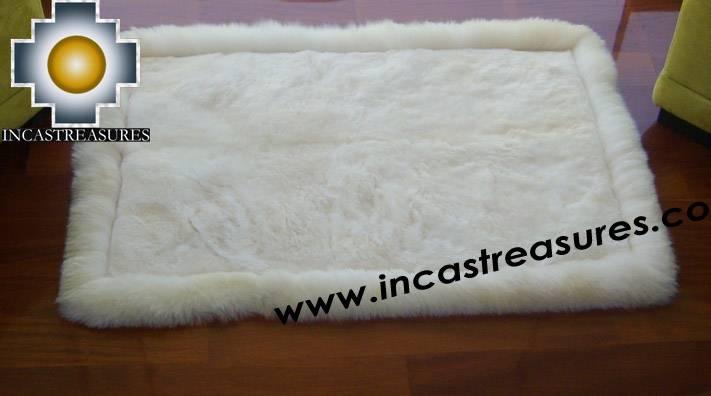 100% Alpaca baby alpaca round fur rug phuyu willka - Product id: ALPACAFURRUG10-08 Photo01