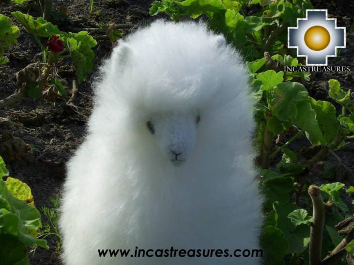 100% baby alpaca fiber, PASTORURI, is a cute white llama made in baby ...