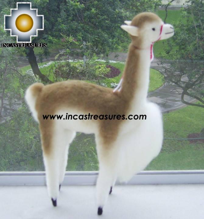 Beautiful Vicugna Canela - Product id: TOYS08-12